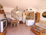 CV054 HOUSE FOR SALE IN CADAQUES CENTER WITH PARKING PLACE